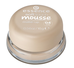 ess. soft touch mousse make-up #04 closed